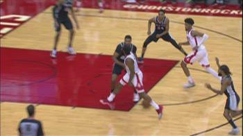 NBA, James Harden è tornato: assist in mezzo alle gambe