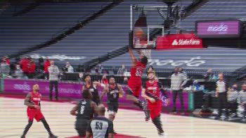NBA, Dunk of the night: Derrick Jones Jr