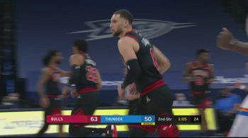 NBA, 35 punti di Zach LaVine contro OKC