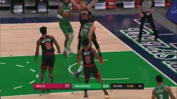 NBA, Luka Doncic va in tripla doppia con un assist magico