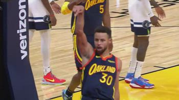 NBA, 36 punti per Steph Curry contro Minnesota