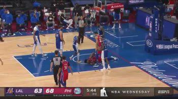NBA, fallo duro di LeBron Jaems su Embiid