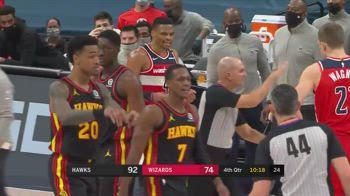 NBA: Westbrook espulso, Rondo lo saluta da lontano
