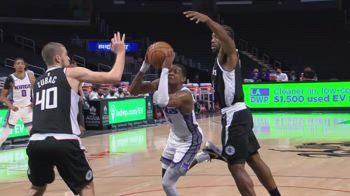 NBA, i 36 punti di De'Aaron Fox contro i Clippers