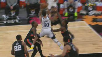 NBA, Steph Curry cambia idea per aria e segna lo stesso