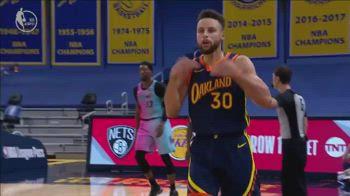 NBA, la tripla decisiva di Steph Curry all'OT contro Miami