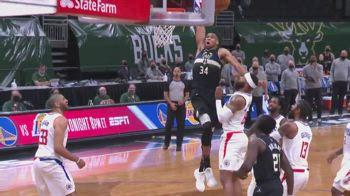 NBA Sundays, Giannis schiaccia per la vittoria dei Bucks