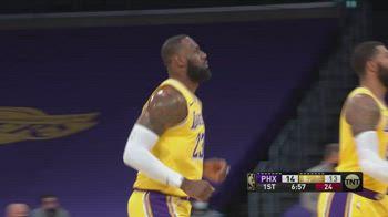 NBA, i 38 punti di LeBron James contro Phoenix