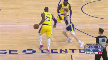 NBA, la tripla doppia di LeBron James contro Golden State