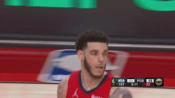 NBA, i 17 assist di Lonzo Ball contro Portland