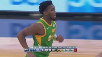 NBA, i 31 punti di Donovan Mitchell contro Toronto