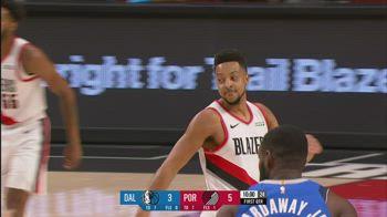 NBA, i 32 punti di CJ McCollum contro Dallas