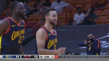 NBA, 36 punti per Steph Curry contro Miami