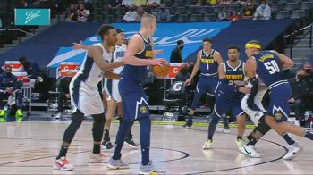 NBA, i 16 assist di Nikola Jokic contro Orlando