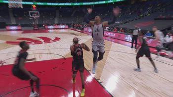 NBA, tripla doppia per Russell Westbrook contro Toronto