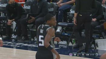 NBA, i 30 punti di De'Aaron Fox contro Utah