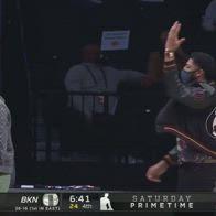 NBA, Lakers dominanti a Brooklyn: la gioia di James e Davis