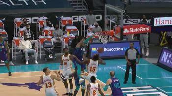 NBA, Miles Bridges: la schiacciata dell'anno sopra Capela