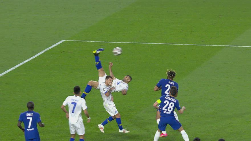 Chelsea-Porto, gran gol in rovesciata di Taremi