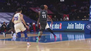 NBA, 37 punti per Kyrie Irving contro Philadelphia