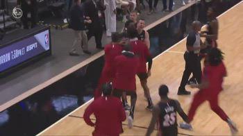 NBA: il buzzer beater di Adebayo per battere Brooklyn