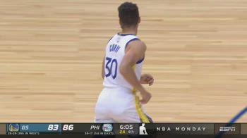 NBA, i 49 punti di Steph Curry contro Philadelphia