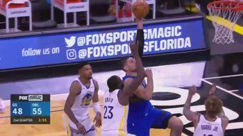 NBA, schiacciata di Vucevic su Green