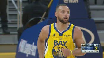 NBA, i 32 punti di Steph Curry contro Denver