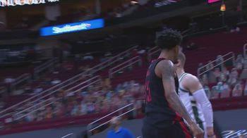 NBA, i 31 punti di Christian Wood contro Milwaukee