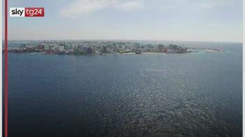 Covid, le Maldive impongono nuove restrizioni