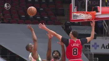 NBA, 33 punti per Kemba Walker contro Chicago
