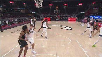 NBA, Doncic colpo proibito: espulsione per Flagrant 2