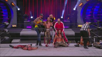 VIDEO AEW YOUNG BUCKS VS SCU 210514_0742847