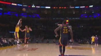 NBA: la decisiva tripla di LeBron in faccia a Curry