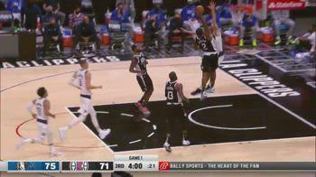 NBA, schiacciata pazzesca di Kawhi Leonard