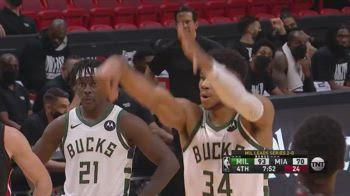 NBA, Giannis in lunetta attende: il countdown dei tifosi