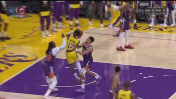 NBA, fallo duro di Booker su Schröder: espulso nel finale