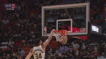 NBA, tripla doppia per Giannis Antetokounmpo in gara-4