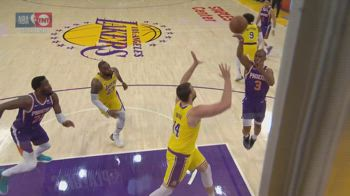 NBA, 12 assist per Chris Paul contro i Lakers in gara-6