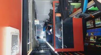 Dentro il camion regia di Sky Sport