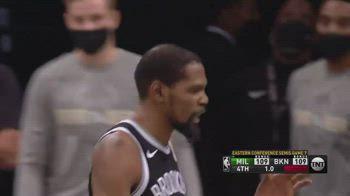 NBA, il canestro di Kevin Durant manda gara-7 all'overtime