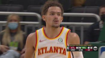 NBA, 48 punti di Trae Young in gara-1 contro Milwaukee