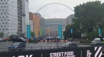 Inghilterra-Germania, l'arrivo dei tifosi a Wembley
