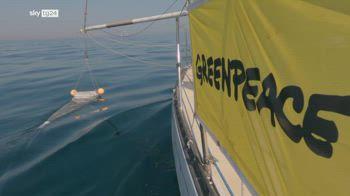 Greenpeace, una spedizione contro la plastica