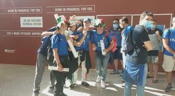 italia tifosi partenza roma