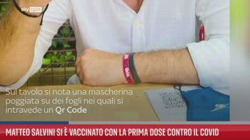 Matteo Salvini si � vaccinato con la prima dose contro il Covid