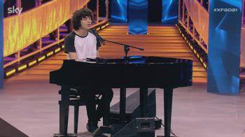 Fellow dalle sagre di paese conquista il palco di X Factor