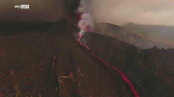 vulcano canarie, nuova fase esplosiva 7000 evacuati