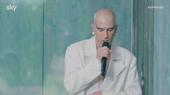 Erio emoziona Manuel Agnelli e Marco Giallini a X Factor