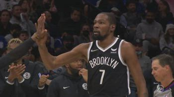 NBA, tripla doppia di Kevin Durant vs. Sixers